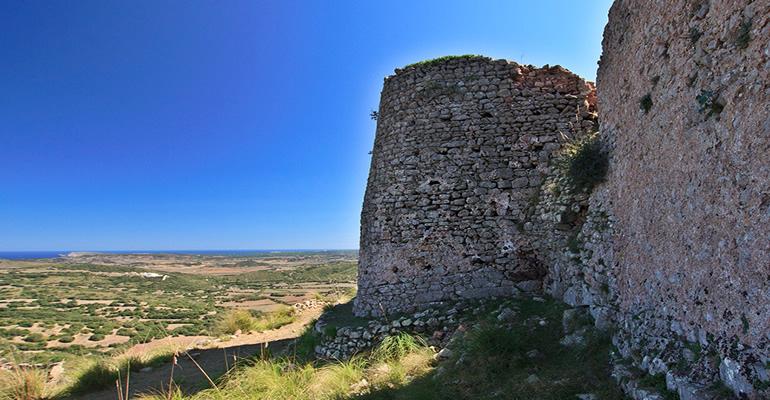 castillo sant agueda menorca